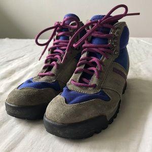 Merrell // Air Cushion Hiking Boots Size 6